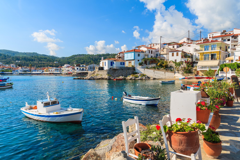 Июль в Греции: SkyUp анонсирует акцию на билеты в оба конца
