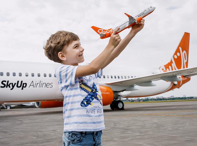 one-year-with-u-skyup-airlines-vidznachaye-pershij-rik-u-povitri