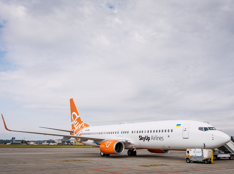 renovation-of-airplanes-salon