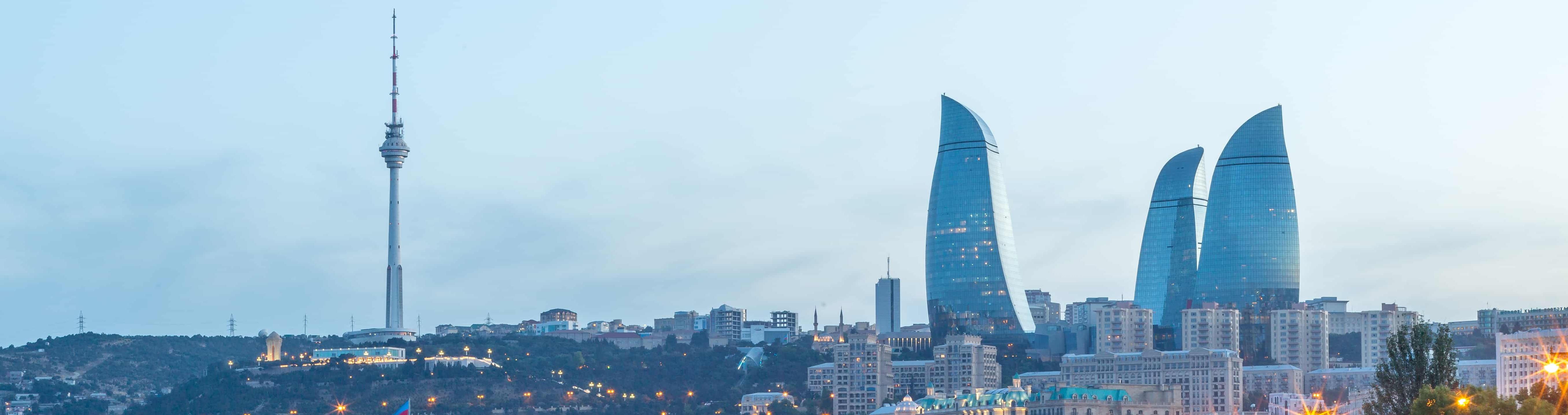 SkyUp уже в Баку: перший рейс відправився зі Львова