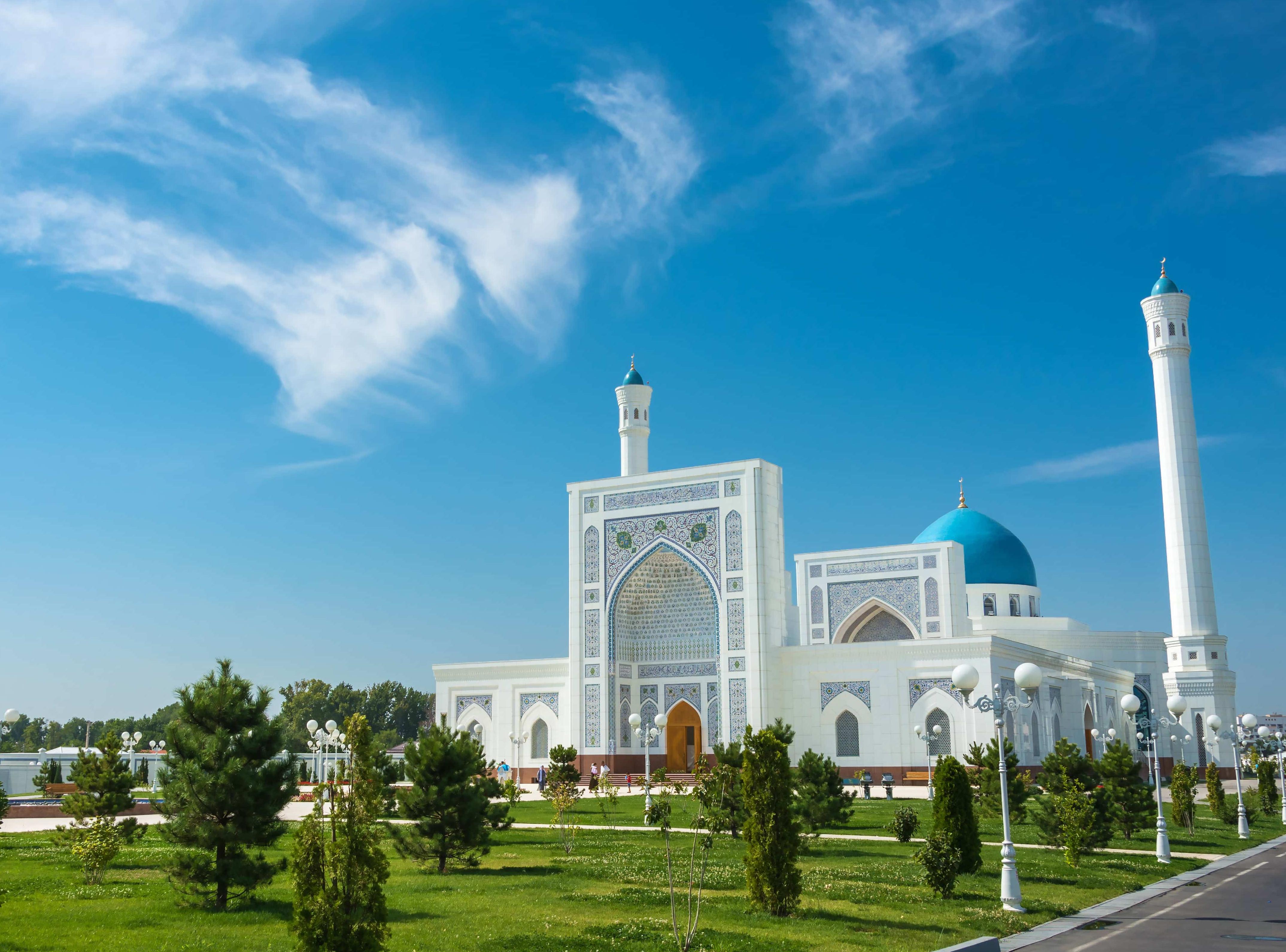 skyup-vikonaye-dva-neregulyarnih-rejsi-kiyiv-tashkent-kiyiv